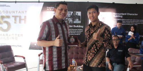Bapak Maurice Menjadi Pembicara Dengan Tema 'Character Building' Di STIE Kesatuan Bogor